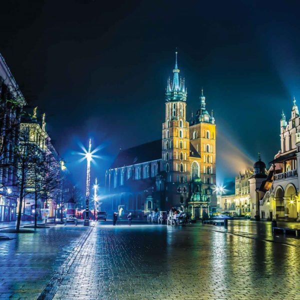 1314P8___krakow_city_by_night_skyline_grad_nocu_krakov