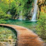1967P4___waterfall_sea_path