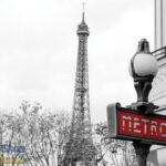 3628P8 eiffel tower red metro